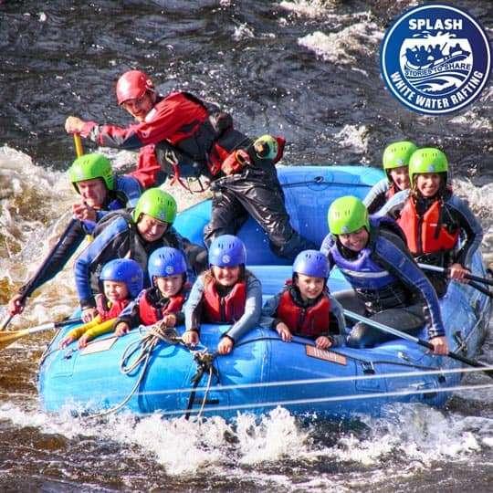 family-white-water-rafting