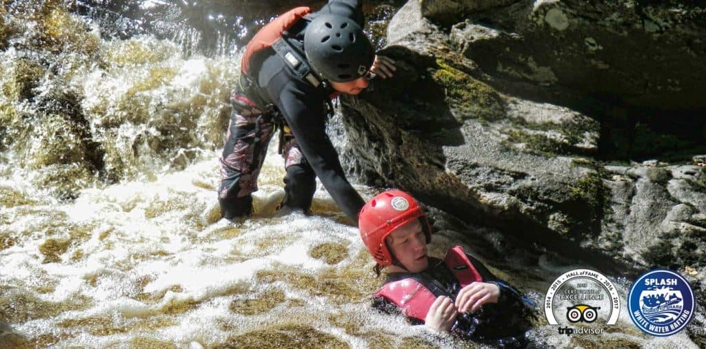Canyoning-in-the-rain-splash